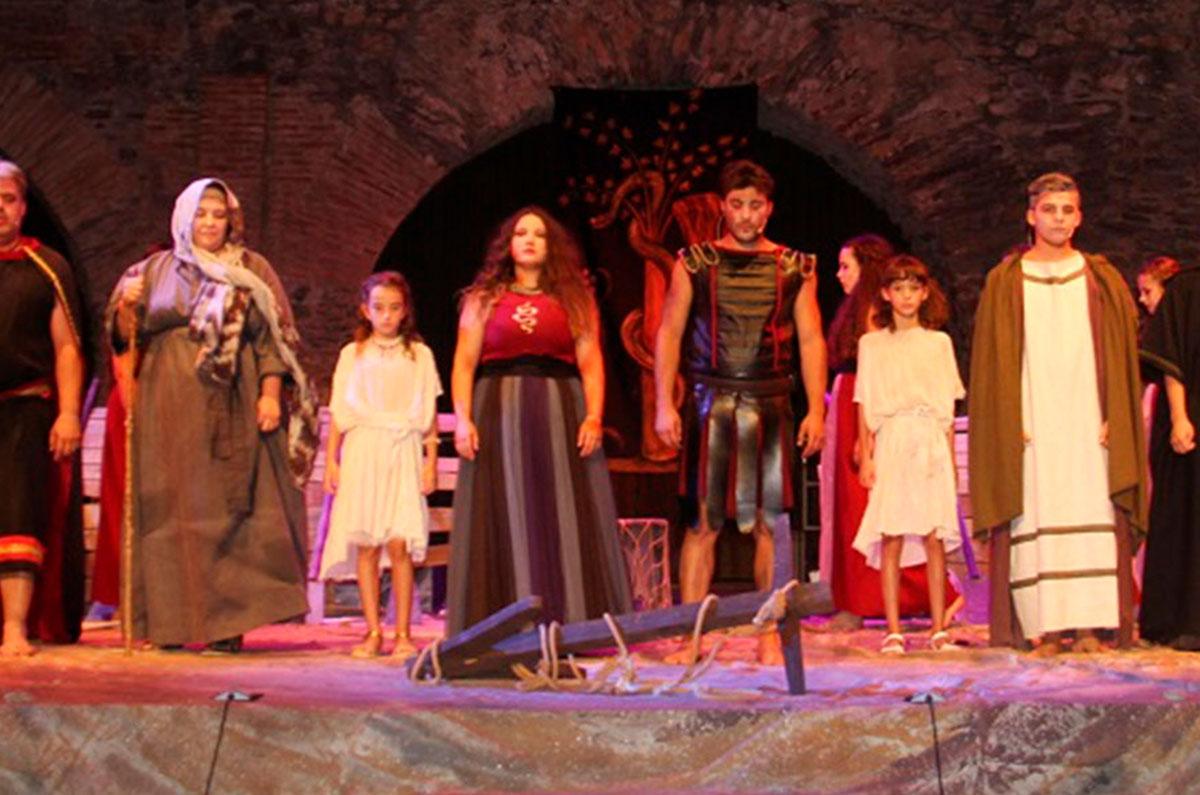 Obra de Teatro: Medea, de Euripides
