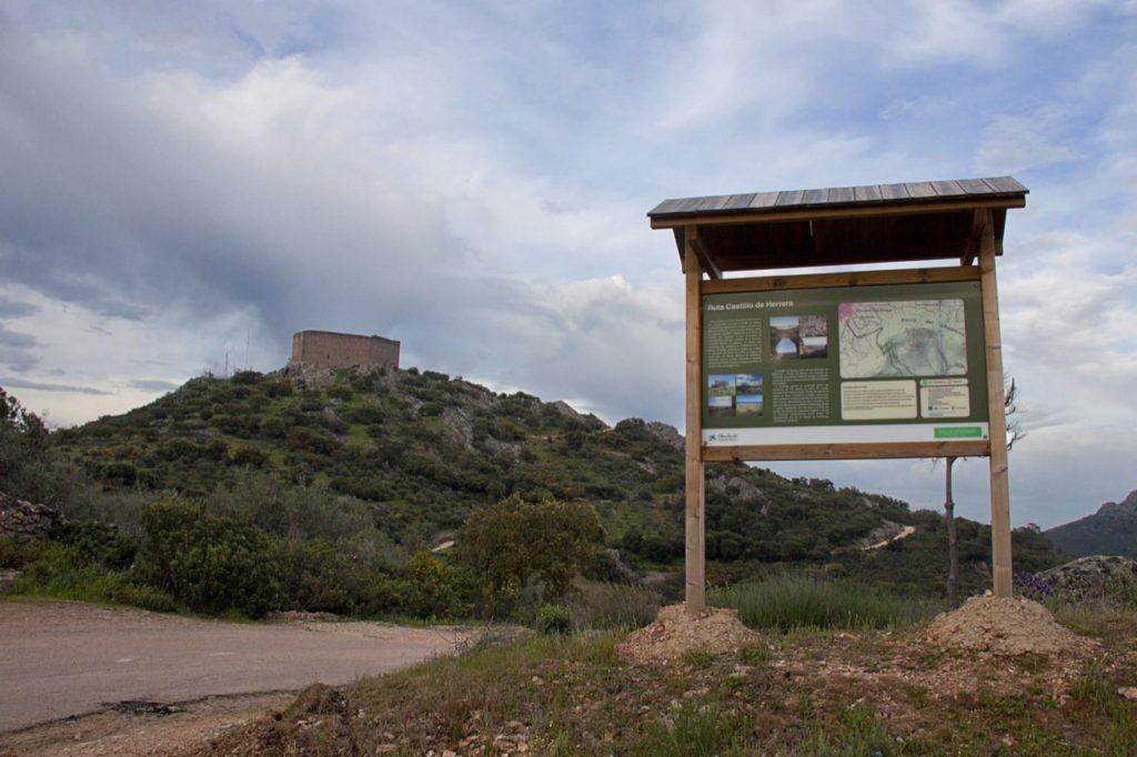 Plaza de técnico de turismo